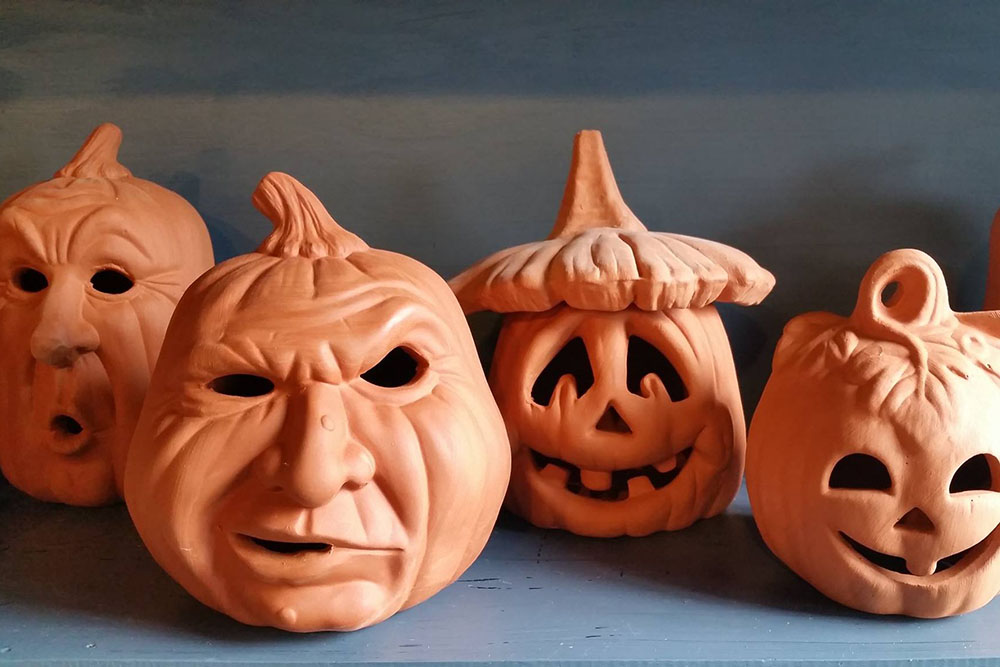 Jackolantern Pots At Nashville Garden Center